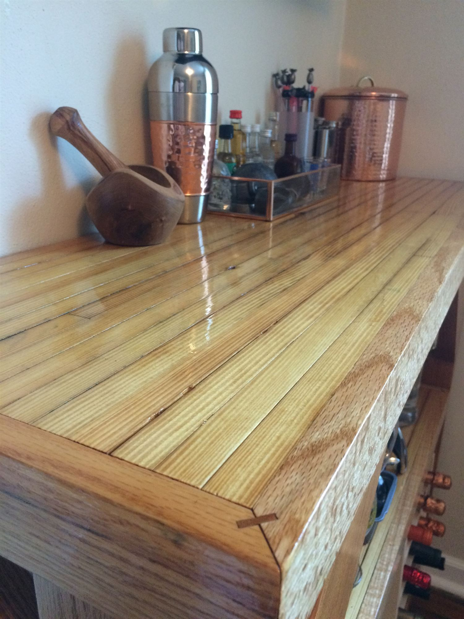Exceptionnel Maple Bar Top