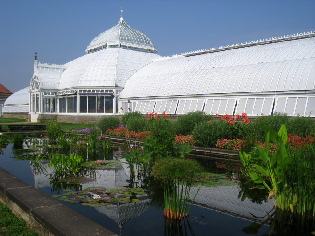 Phipps Conservatory image courtesy of Wikimedia Commons