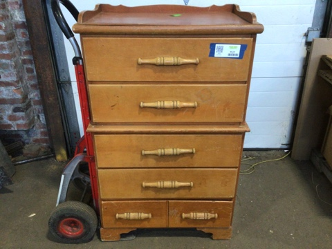 5 Drawer Tall Dresser w/Wood Pulls